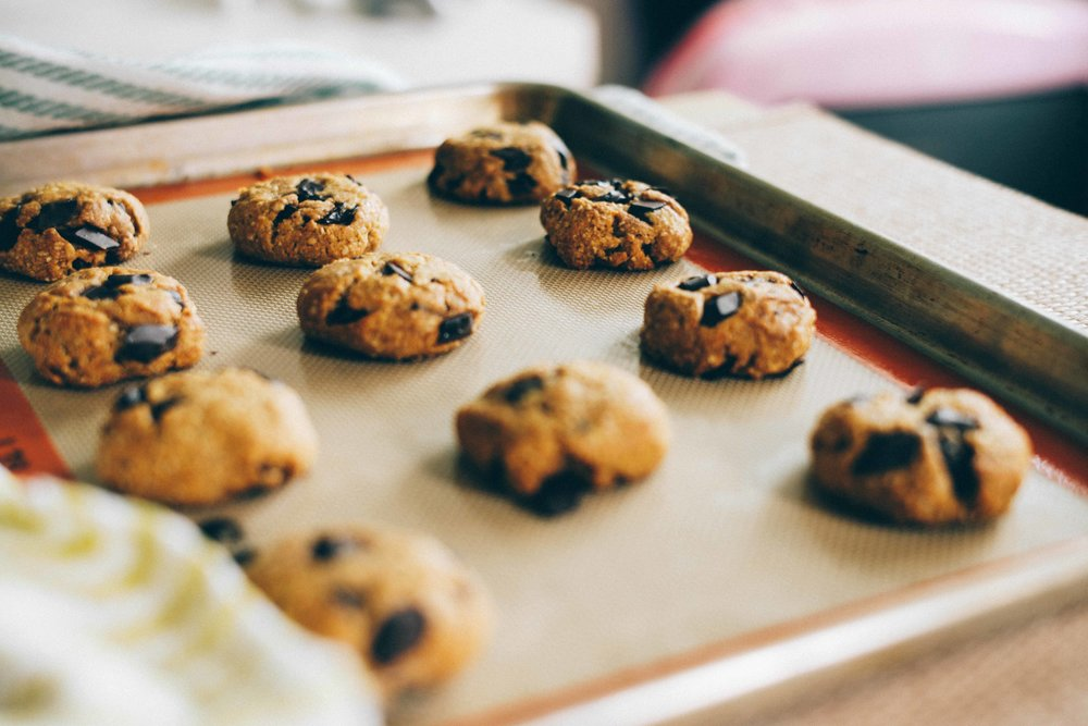 chocolate chip oat and agave vegan cookies